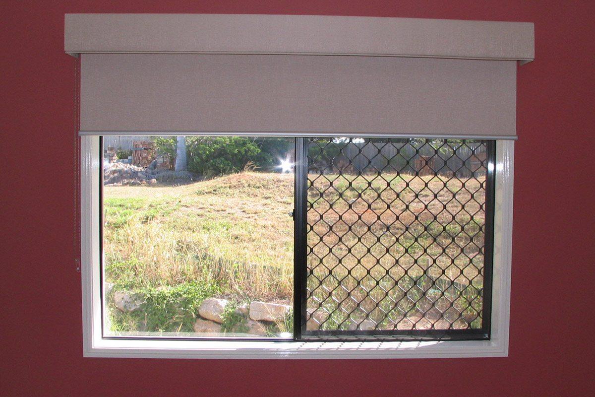 holland blinds