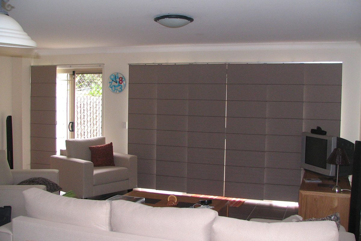 blinds pael glides